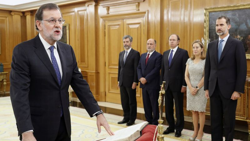 Mariano_Rajoy_Brey-Felipe_VI-Reina_Letizia-Investidura-Politica_167244746_20437143_1706x960.jpg